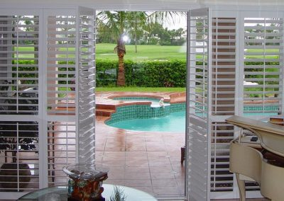 Byfold-shutter-pool-view-1440x898